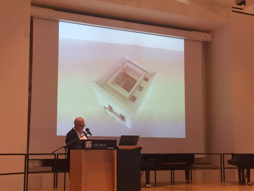Prof. Florian Riegler, Udk, Wohnen mit Hof