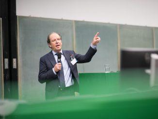 Vizepräsident Prof. Debatin